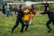Власти Кале просят задействовать войска против беженцев