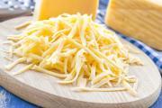 Сыр полезнее в тёртом виде