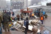 Коммунальщики разобрали последнюю палатку РПС