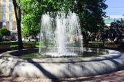 В Киеве уже работает первый фонтан