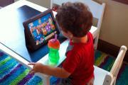 Смартфоны могут привести к косоглазию у детей