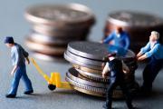 Налоги платят менее 50% работников